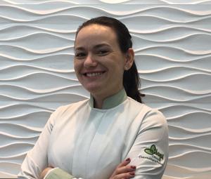 Dra. Aline Gós